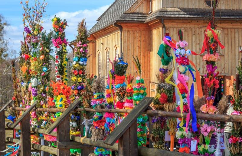 Competencia de las palmeras en Ramos Domingo de Pascua foto de archivo libre de regalías
