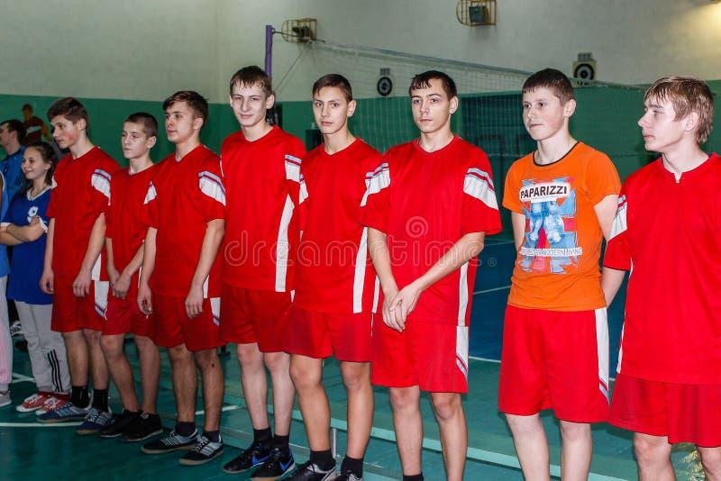 Competencia en la región de Gomel de Bielorrusia en voleibol bajo los auspicios de la iglesia ortodoxa foto de archivo libre de regalías