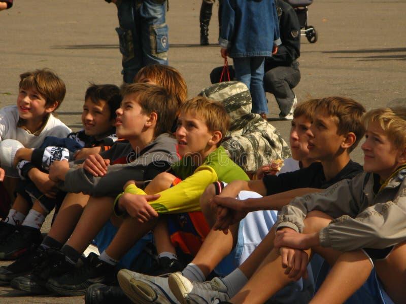 Competencias de deportes de la ciudad de los niños imagen de archivo