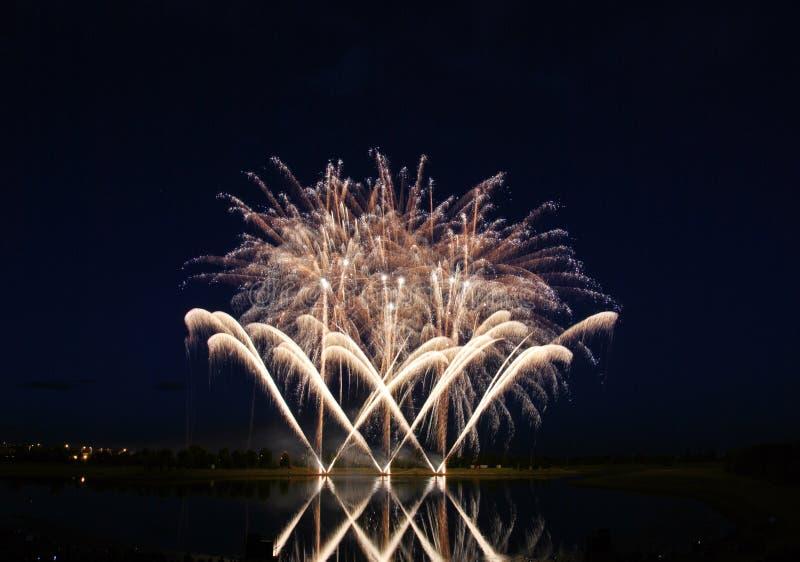 Competição 2008 dos fogos-de-artifício imagem de stock royalty free