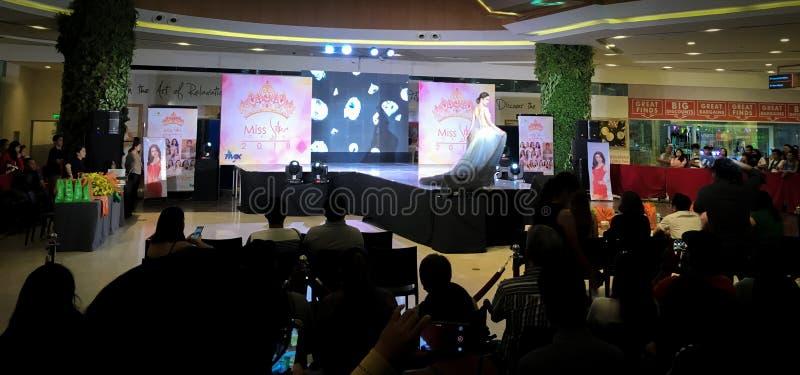 Competição de beleza nas Filipinas fotografia de stock royalty free