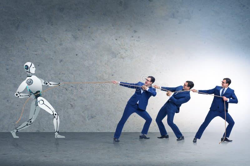 Competição entre seres humanos e robôs no conceito do conflito fotografia de stock royalty free