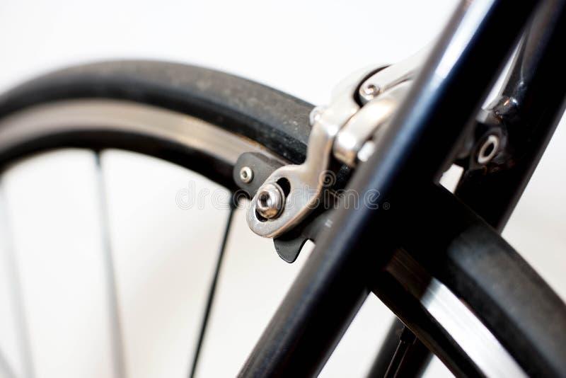 Competir con el mecanismo del calibrador del freno del cromo de la bicicleta foto de archivo