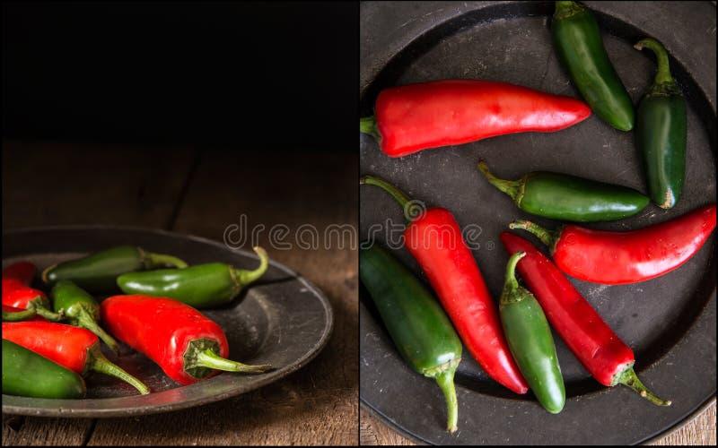 Compilação de imagens das pimentas vermelhas e verdes com vintage temperamental r foto de stock