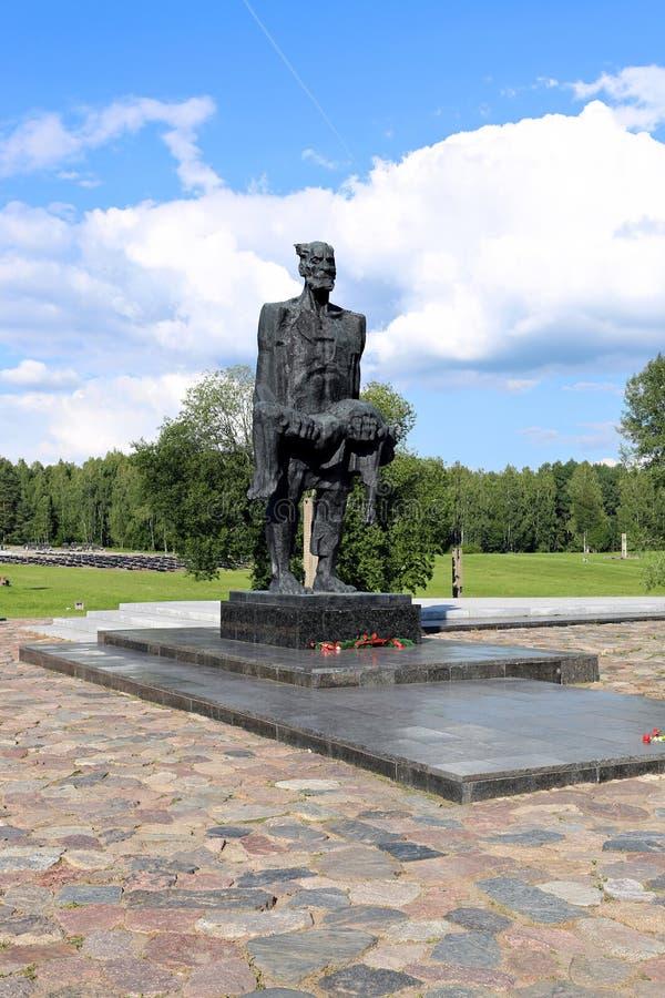 Complejo conmemorativo en Khatyn, Bielorrusia foto de archivo