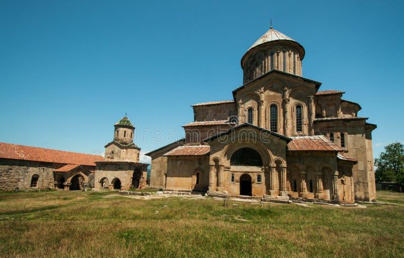 Complejo del monasterio del siglo XII. fotografía de archivo libre de regalías
