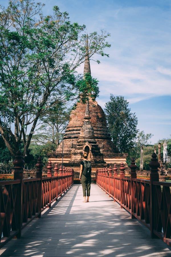 Complejo del templo en Sukhothai, Tailandia Parque histórico hermoso en el medio de Tailandia fotos de archivo libres de regalías