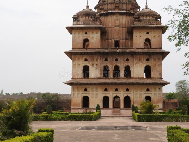 Complejo del templo del palacio en Orcha Madhya Pradesh La India imagenes de archivo