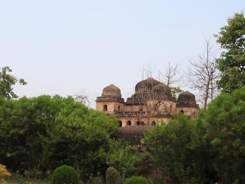Complejo del templo del palacio en Orcha Madhya Pradesh La India fotos de archivo