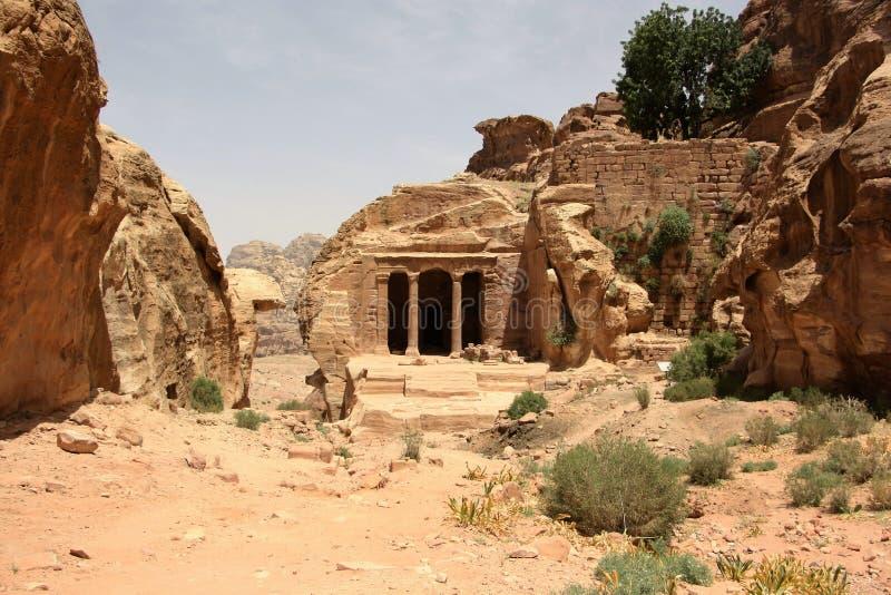 Complejo en el Petra, Jordania del templo del jardín imagen de archivo libre de regalías