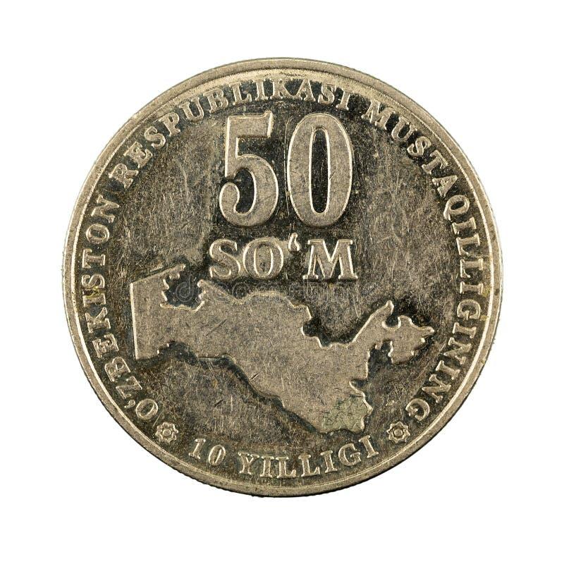 50 complemento della moneta 2001 del som dell'Uzbeco isolato su fondo bianco fotografia stock