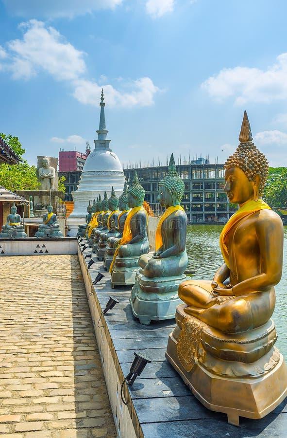 Complesso buddista sul lago beira a Colombo immagine stock