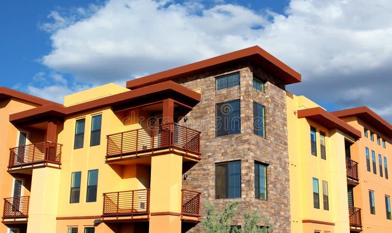 Complesso condominiale residenziale fotografia stock libera da diritti