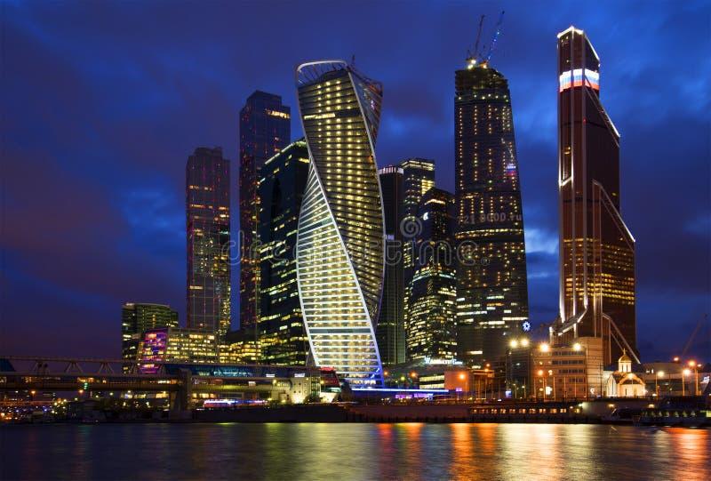 ` Complesso della Mosca-città del `, notte della molla immagine stock
