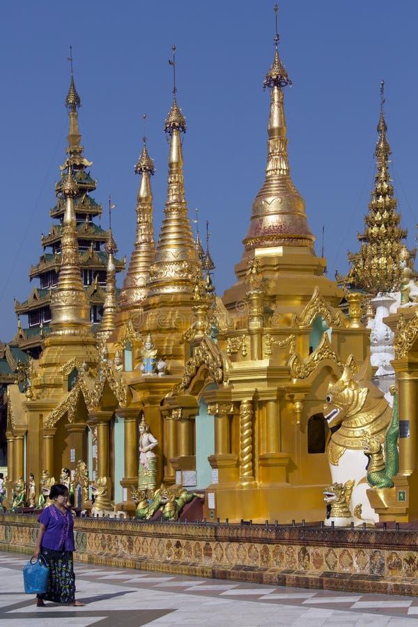 Complesso Della Pagoda Di Shwedagon - Rangoon - Myanmar Immagine Stock Editoriale
