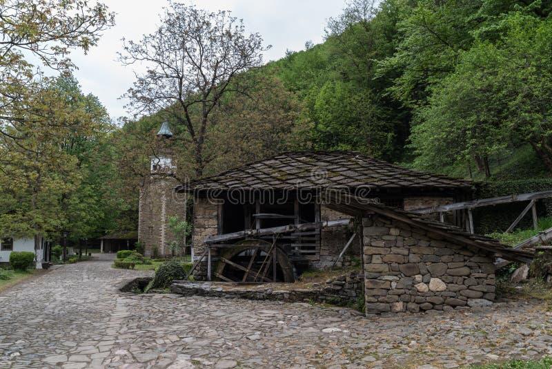 Complesso etnografico architettonico ?Etar ?, quello primo di questo tipo dentro bulgaria immagine stock