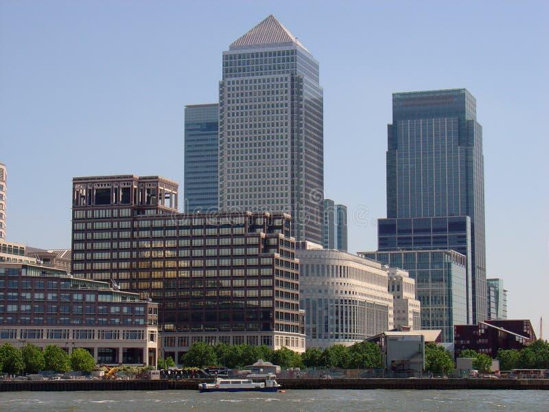 Complexo amarelo do cais, Londres fotografia de stock