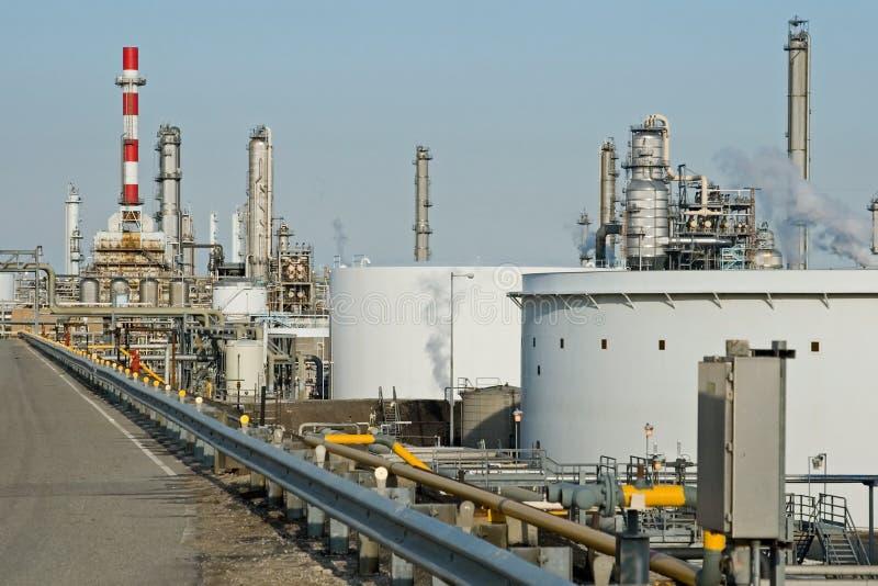 Complexo de refinaria fotografia de stock royalty free