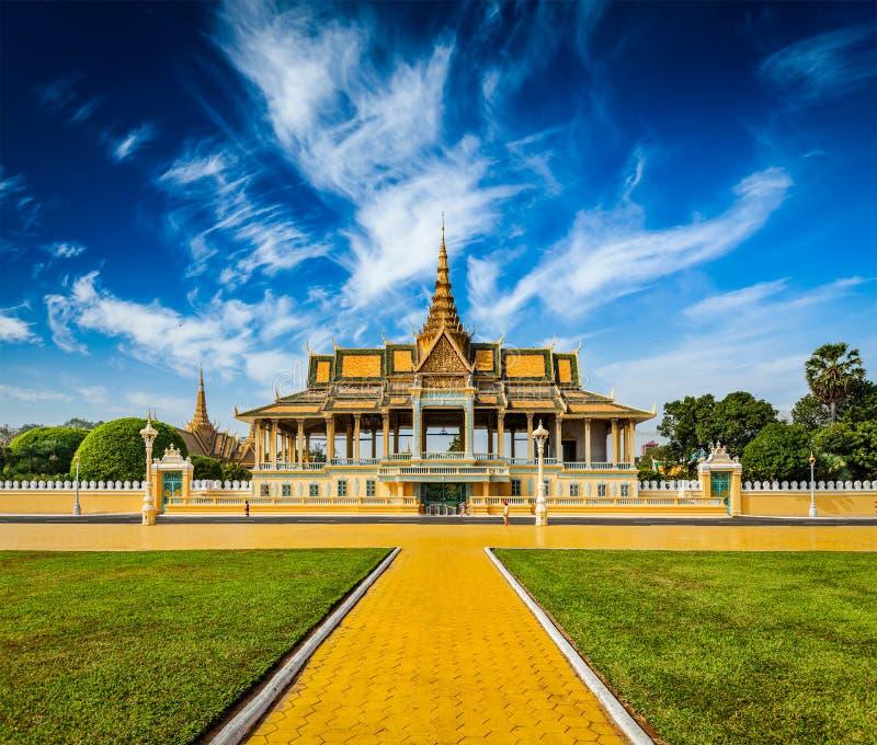 Complexo de Royal Palace em Phnom Penh fotografia de stock