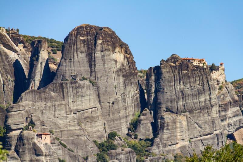 Complexo do monastério da rocha de Meteora em Grécia, um local UNESCO-listado foto de stock royalty free