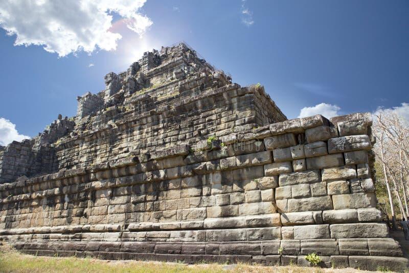 Complexo do templo de Koh Ker, pirâmide Prasat Prang da morte, Camboja imagem de stock