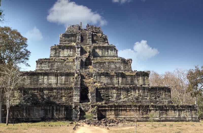 Complexo do templo de Koh Ker, pirâmide Prasat Prang da morte, Camboja fotografia de stock royalty free