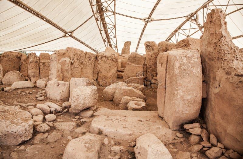 Complexo do templo de Megalitic - Hagar Qim em Malta foto de stock