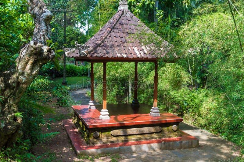 Complexo do templo de Pura Taman Ayun Balinese em Mengwi, Bali, Indonésia fotografia de stock
