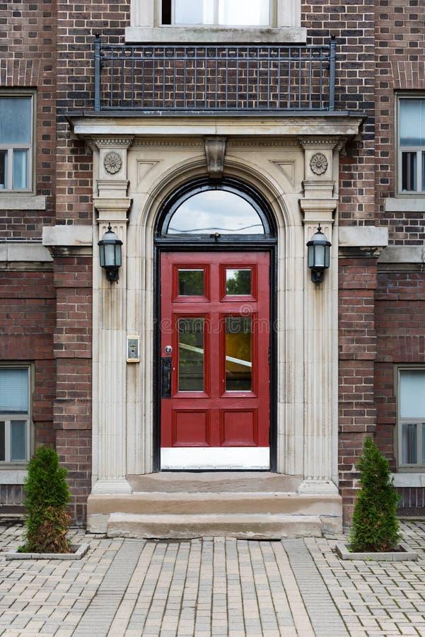 Complexo vitoriano da casa do vintage em Toronto, Canadá imagem de stock