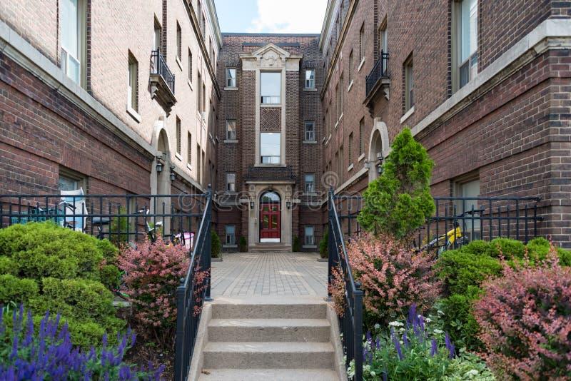 Complexo vitoriano da casa do vintage em Toronto Canadá fotografia de stock royalty free