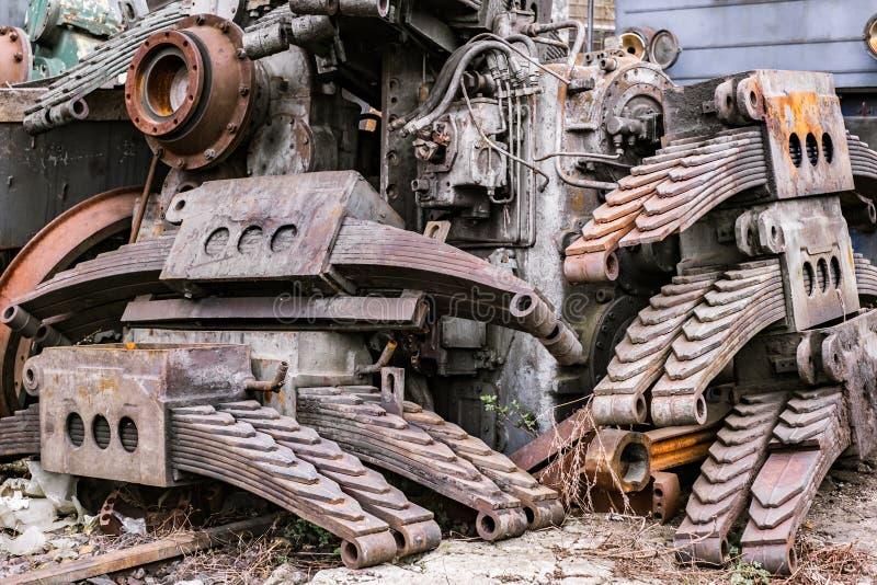 Componentes de la locomotora fuera del uso imagen de archivo libre de regalías