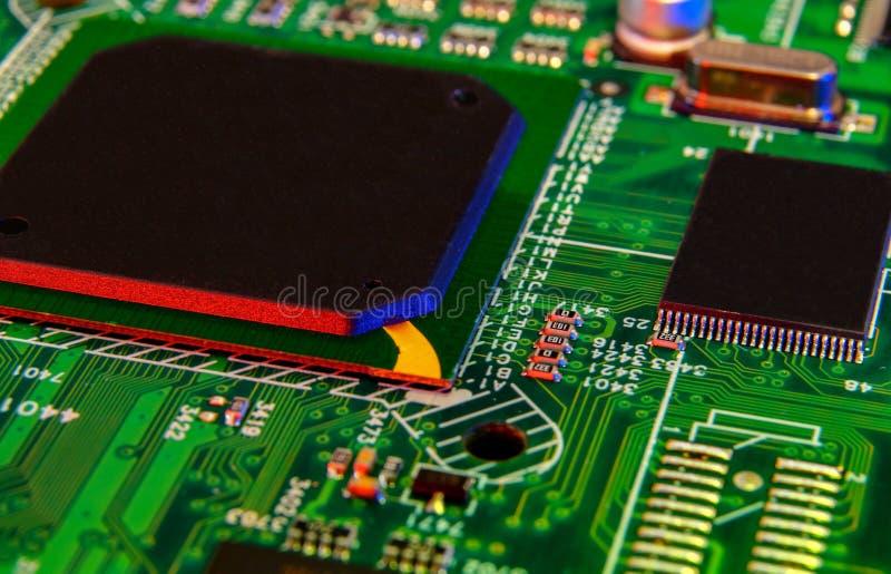 Componentes eletrônicos da placa, microplaqueta digital do cartão-matriz Fundo da ci?ncia da tecnologia imagens de stock