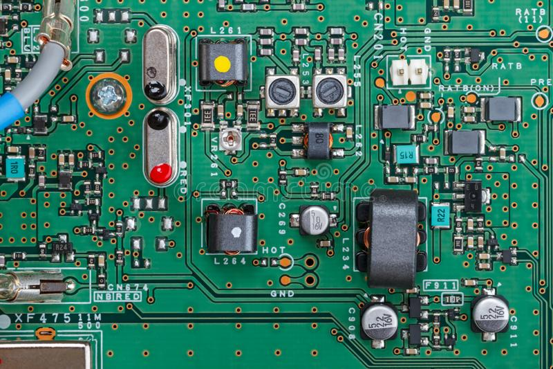 Componentes modernos na placa do transceptor imagem de stock royalty free