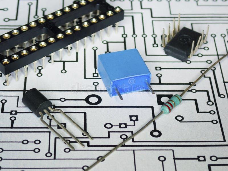 Componenti di elettronica e PWB immagini stock