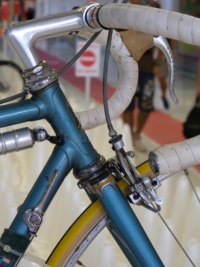 Composant CAMPAGNOLO de bicyclette de vintage : Embrayage, barre de manipulateur, casque, frein image libre de droits