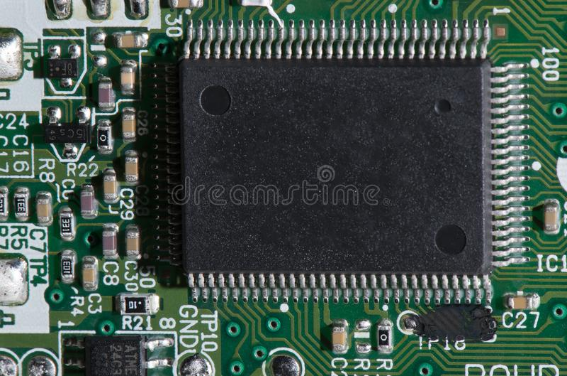 Composants électriques sur le conseil image stock