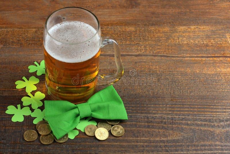Composição ao dia de St Patrick fotografia de stock royalty free