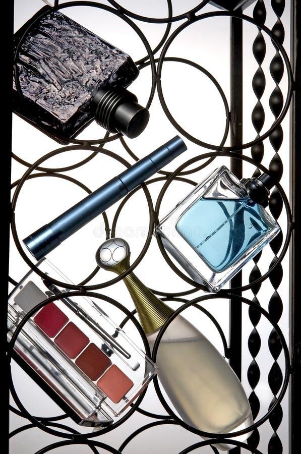 Composição de cosméticos fêmeas. foto de stock