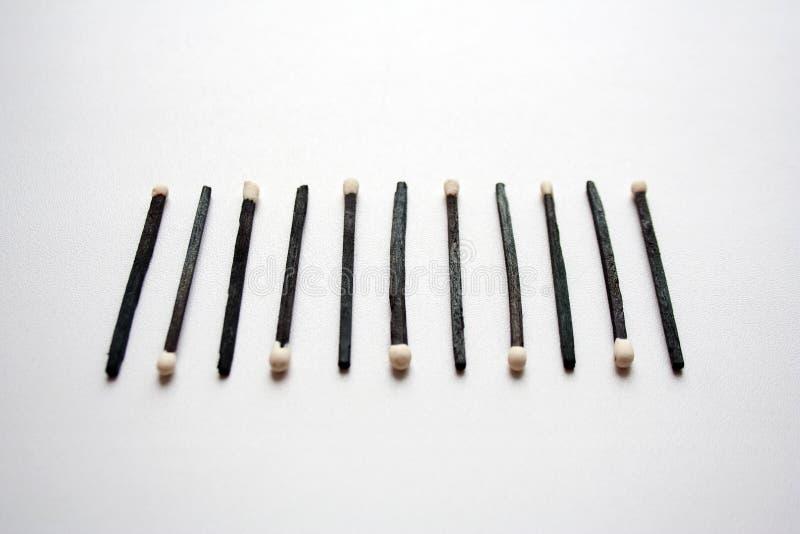 Composição de madeira preta do código de barras dos fósforos de segurança imagens de stock