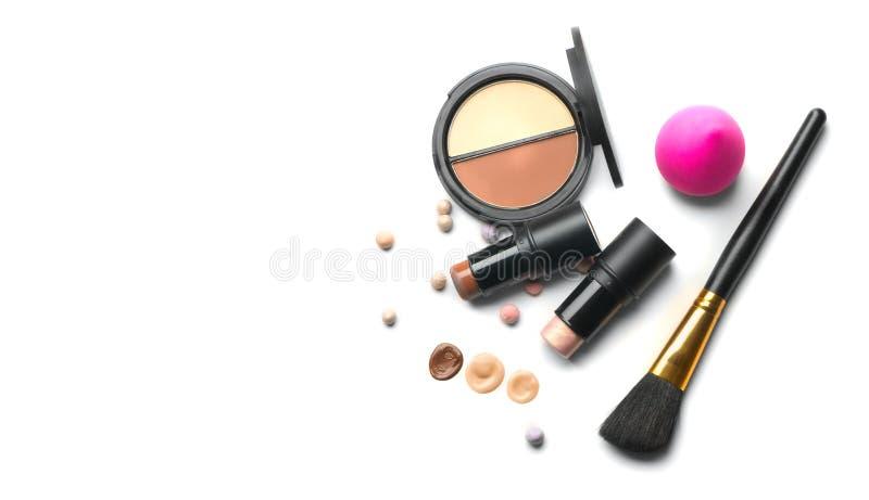 Composição Invólucro facial, contorno Destaque, sombra, mistura Produtos de maquiagem, ferramentas de maquiagem Fundação, dissimu imagem de stock