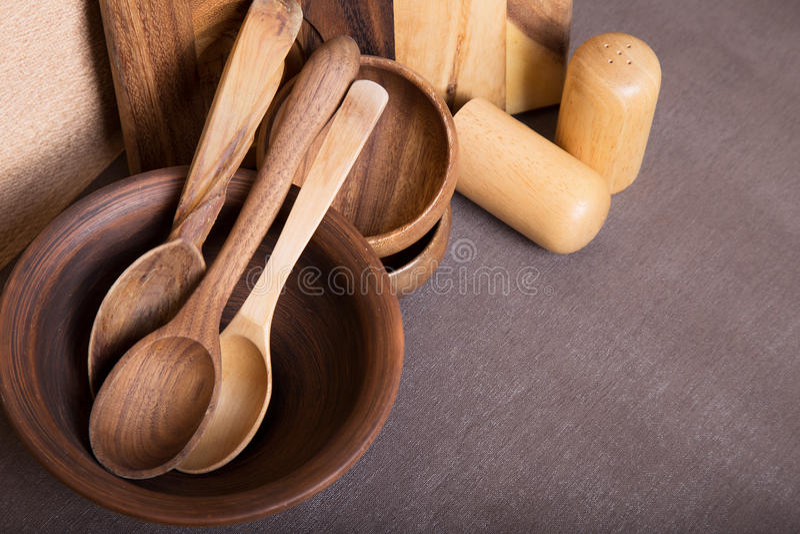 Composición de la cocina que cocina los utensilios de madera Espacio para el texto Visión superior imagenes de archivo