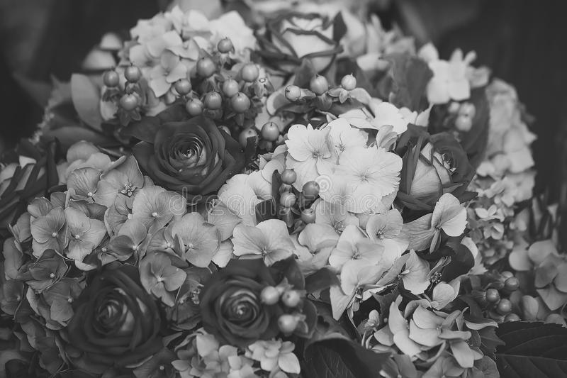 Composición de la flor Ramo colorido imagenes de archivo