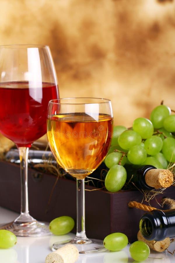 Composición hermosa del vino imágenes de archivo libres de regalías