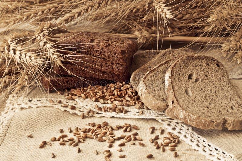 Composition avec le groupe de céréales et de pain photos libres de droits