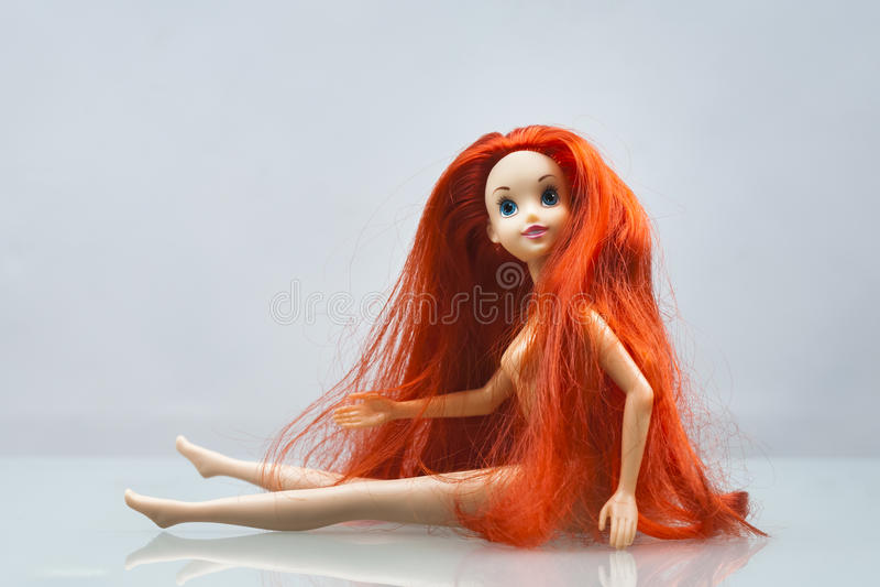 Composition colorée avec des poupées de Barbie photo libre de droits