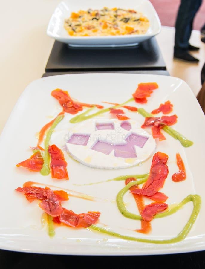 Composition de nourriture équilibrée exquise photos stock
