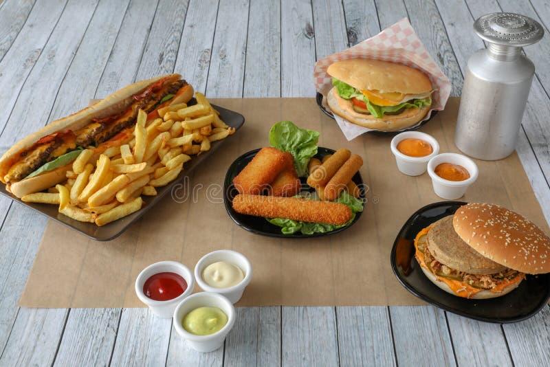 Composition en repas de prêt-à-manger photo libre de droits