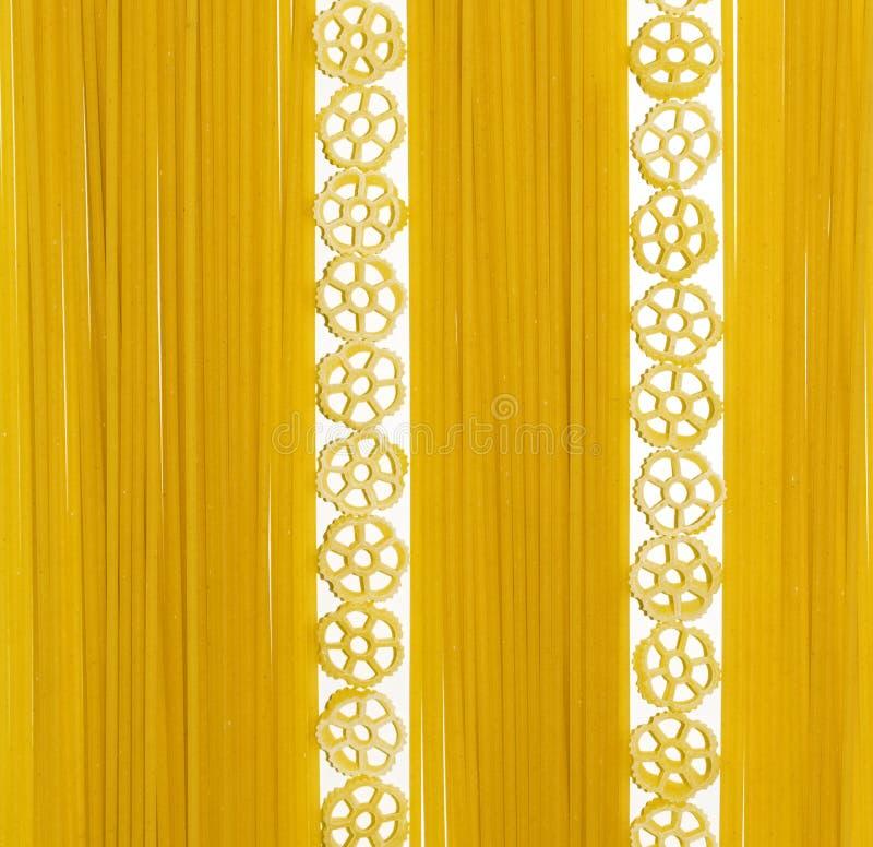 Composition en spaghetti et en pâtes de fiori photo stock