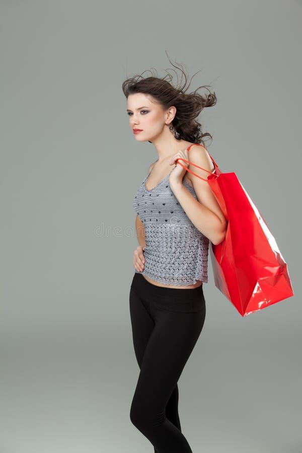 Compra triguenha da mulher imagem de stock