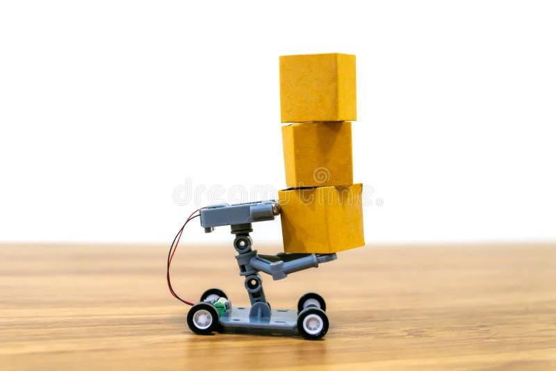 Compras en línea de la entrega del robot automáticas fotografía de archivo